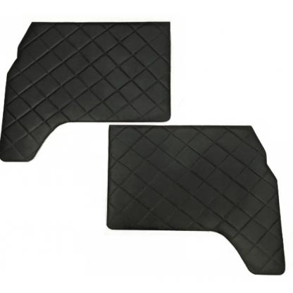Обивка передних дверей УАЗ-452 (ДВП, винилкожа, поролон, ватин, стеганый «ромб»)