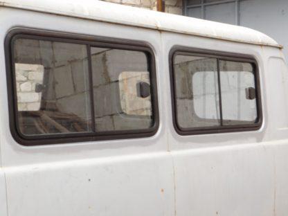 Окно раздвижное салона левое на УАЗ 452, 3741, 3962. 2