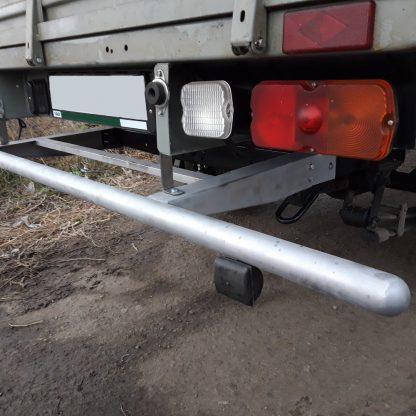 Защита-ограничитель задняя, одинарная на УАЗ Профи, с резиновыми отбойниками.