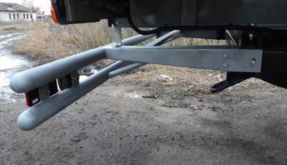 Защита-ограничитель задняя, сдвоенная на УАЗ Профи, с резиновыми отбойниками, катафотами.2