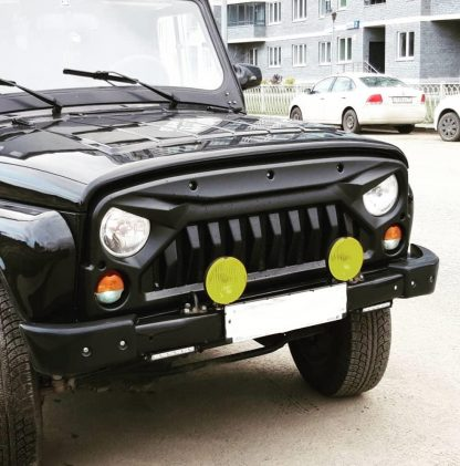 Облицовка радиатора УАЗ 469Хантер Злая-3