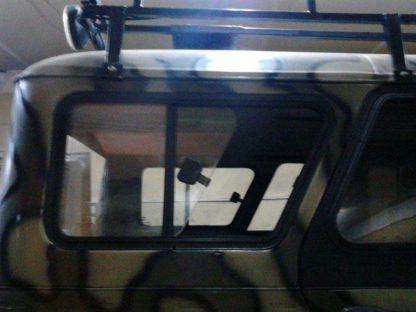 Окно раздвижное багажного отсека УАЗ 469, Хантер (ПРАВОЕ)1