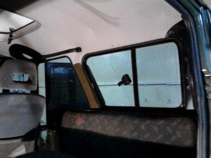Окно раздвижное багажного отсека УАЗ 469, Хантер (ПРАВОЕ)2